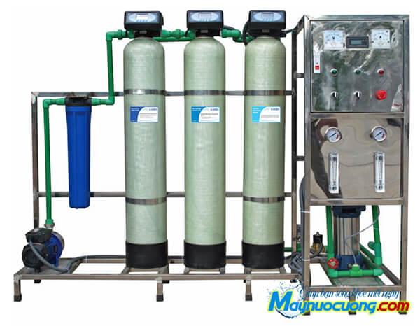 Hệ thống lọc nước RO 500l/h cột lọc composite