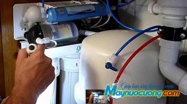 Máy bơm máy lọc nước RO
