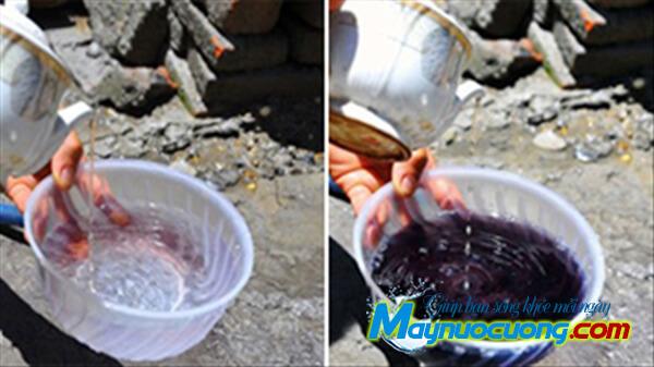 Kiểm tra nước giếng khoan nhiễm phèn bằng nước chè