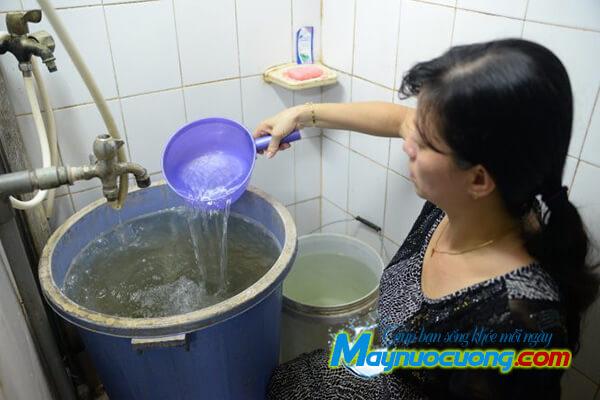Nước máy nhiễm phèn