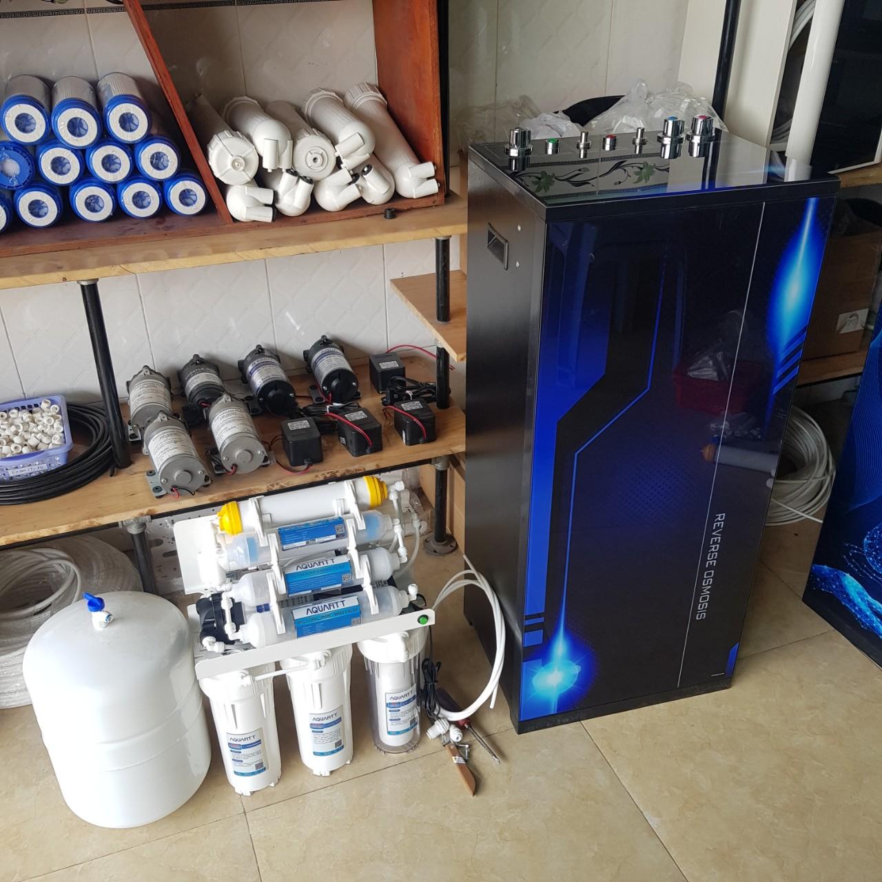 Máy lọc nước nóng lạnh RO